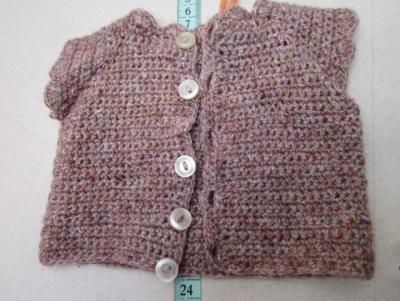 Háčkovaná vesta
